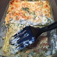 Easy Pesto Lasagna with Spinach, Peas and Pine nuts