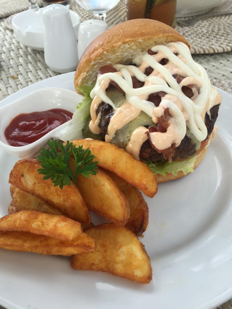 Lovina burger
