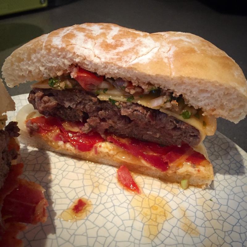 boerie burger sliced